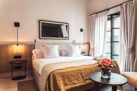 2241284-Hotel-Sant-Francesc-Guest-Room-7-DEF